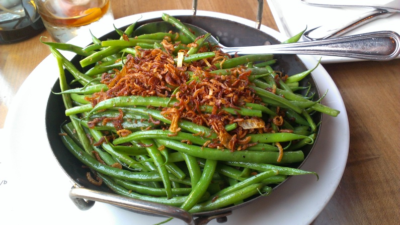 Green Beans with Crispy Garlic & Shallots